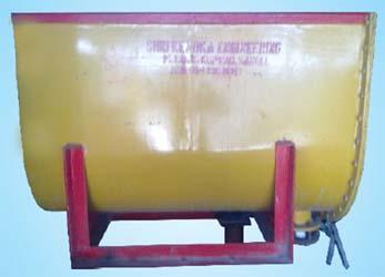 Light weight (clc) bricks machine