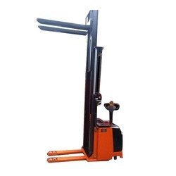 Counterbalance Battery stacker truck