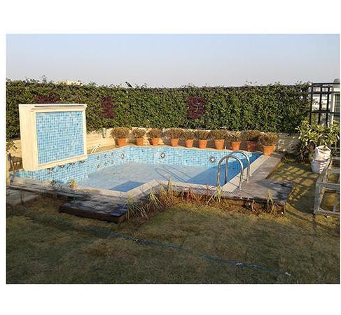 13 ft x 15 ft Rooftop Swimming Pool